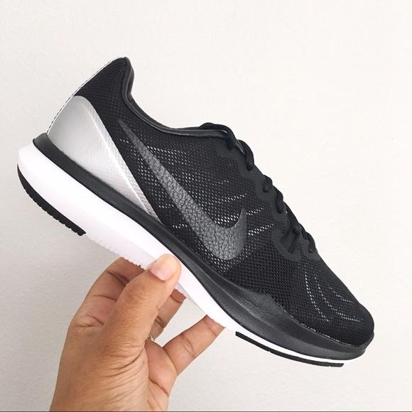 Nike In Season TR 7 PRM Women's size 8 Black